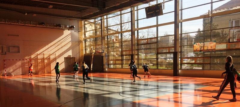 Mistrzostwa powiatowe w piłce nożnej halowej dziewcząt